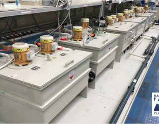 Cuve plastique et équipement pour les entreprises de traitements de surface des métaux