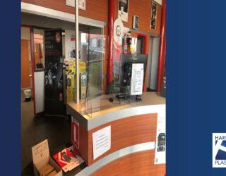 Protection de comptoir  anti postillons pour protéger votre personnel