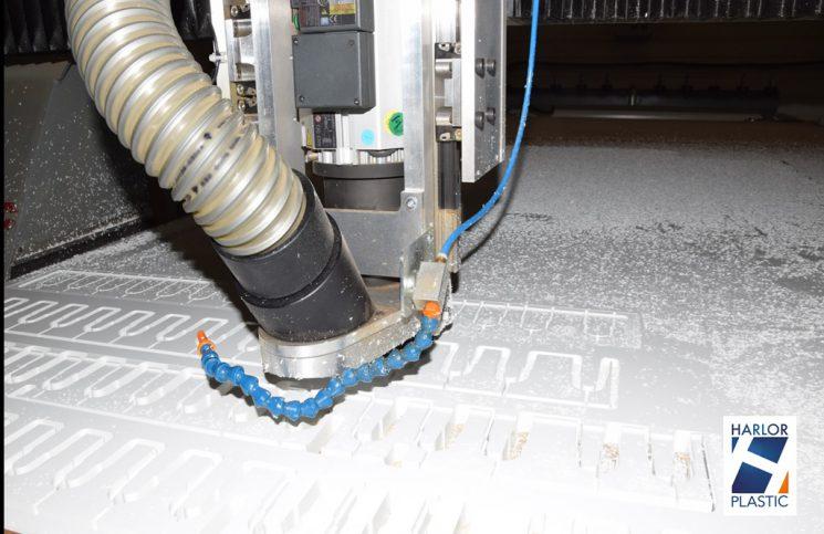 Usinage plastique aluminium grande dimension
