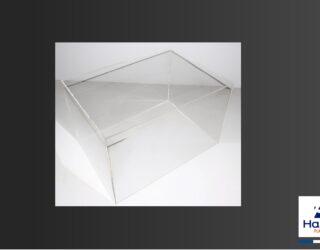 Cloche en Plexiglas pour exposition dans les musées